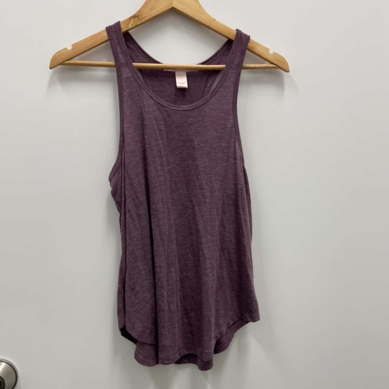 VICTORIA'S SECRET Womens Size S Tank Purple