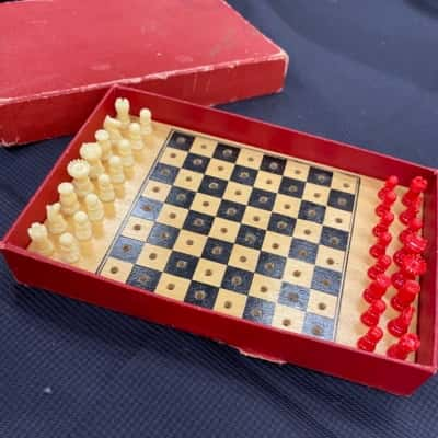 VINTAGE TSL POCKET CHESS SET WITH ORIGINAL BOX COMPLETE 1960s