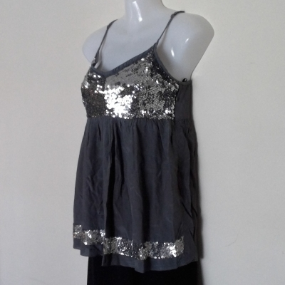 FOREVER NEW GREY /SILVER SEQUINED SUMMER TOP Size 12 ADJUSTABLE SHOESTRING STRAPS